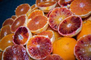 Weiterverarbeitung der geschälten Früchte